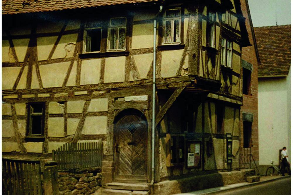 Eine historische Aufnahme des historischen Rathauses.
