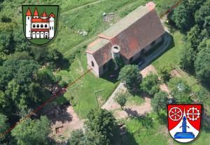 Auch heute noch verläuft die Gemarkungsgrenze Amorbach - Weilbach mitten durch die Basilika.