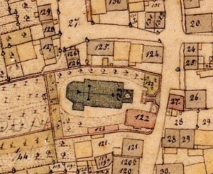 Auf der Karte der bayerischen Uraufnahme (1. H. 19. Jhd.) ist noch der Grundriss der barocken Kirche eingezeichnet. - Quelle: Bayerische Vermessungsverwaltung
